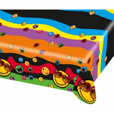 Nappe Smiley en plastique pour décorer la table de vos anniversaires. Dimensions : 120 cm x 180 cm