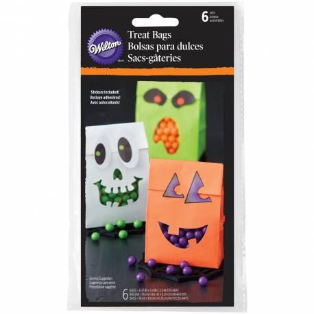 6 Sachets en papier assortis avec Stickers pour la confiserie d'Halloween Marque Wilton Dimensions : 16 x 8,6 x 6,3 cm
