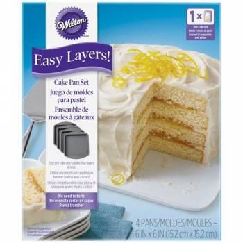 Kit de 4 Moules à gâteau carrée Wilton 15 cm