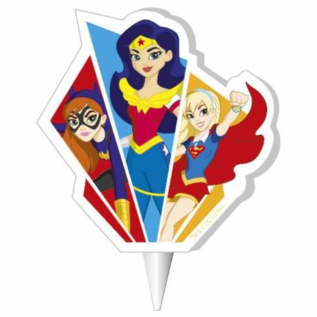 Bougie anniversaire Super heros girls pour la deco de gâteau anniversaire de votre enfant. Dimensions: 7.5 cm