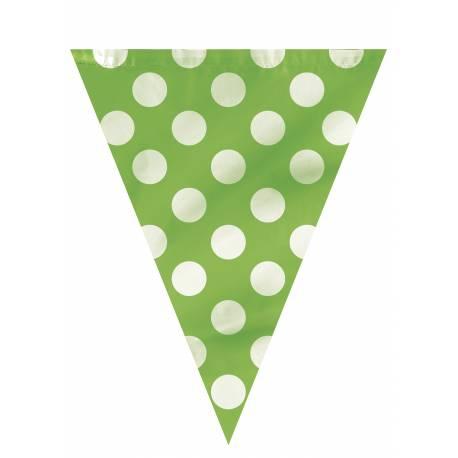 Guirlande de fanions à pois vert Dimensions : 3.60 Mètres (22 cm de large et 27.5 cm de hauteur pour chaque fanion) Matière : plastique