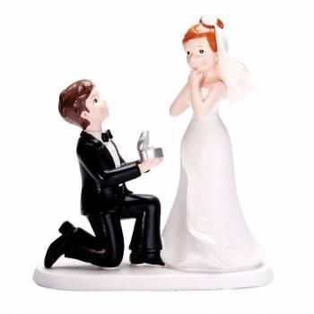 Figurine mariés à genoux