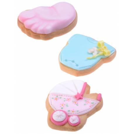 Ensemble de 3 emporte pièces baptème. A utiliser avec les décors en sucre 12 Décors en sucre Baby rose ou bleu (ci dessous)