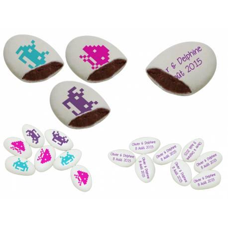 Dragées chocolat 55% cacao à personnaliser assortis (50 % de décors fait par nos soins et 50 % avecvotre texte).Sachet...
