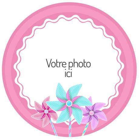 Disque sucre personnalisé décor moulin à vent rose pour décorer vos gâteaux d'anniversaires.Diamètre 19 cm  Peut être conservé 6 mois...