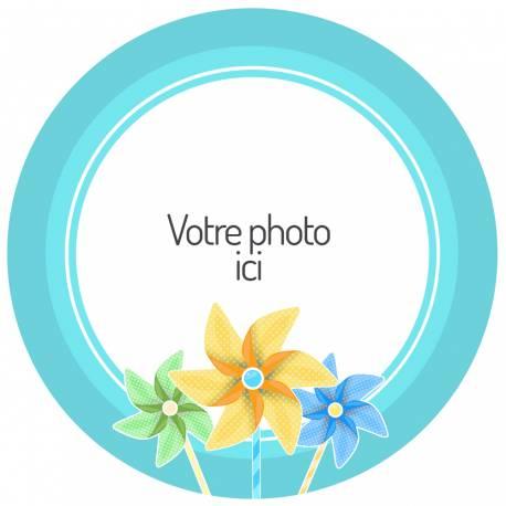 Disque sucre personnalisé décor Moulin à vent bleu pour décorer vos gâteaux d'anniversaires.Diamètre 19 cm  Peut être conservé 6 mois...