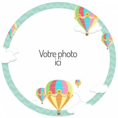Disque sucre personnalisé décor Montgolfières pour décorer vos gâteaux d'anniversaires.Diamètre 19 cm  Peut être conservé 6 mois après...