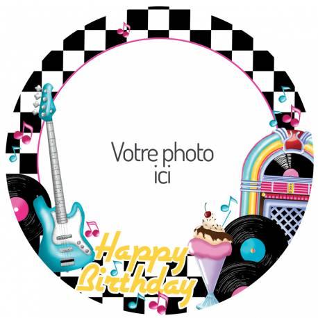 Disque sucre personnalisé pour décorer vos gâteaux d'anniversaires. Diamètre 19 cm  Peut être conservé 6 mois après la réception dans...