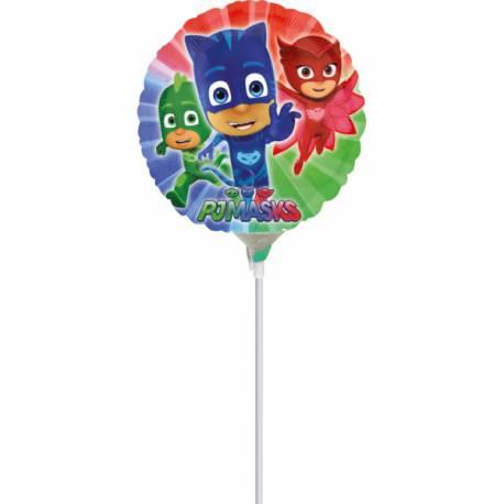 Mini ballon en forme à l'effigie des célèbres héros du dessin animée Pyjamasque Livré gonflé sur tige Dimension: Ø23cm
