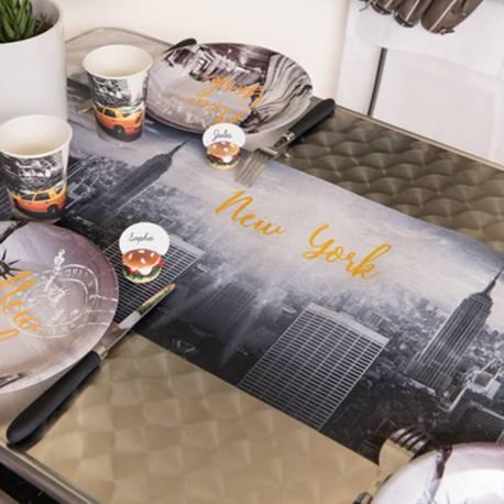 Chemin de table en tissu non tissé à l'effigie de la superbe ville de New York Dimensions: rouleau de 5 Mètres sur 30cm de...
