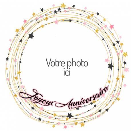 Disque sucre décor Etoiles imprimée avec de l'encre alimentaire pour décorer vos gâteaux d'anniversaires.Diamètre 19 cm  Peut être...