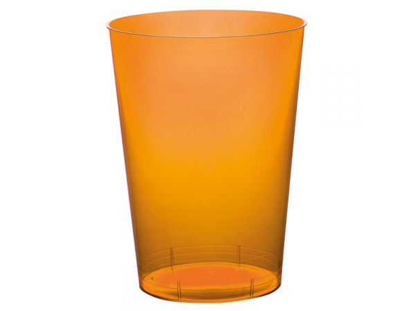 gobelets en plastique rigide de couleur orange