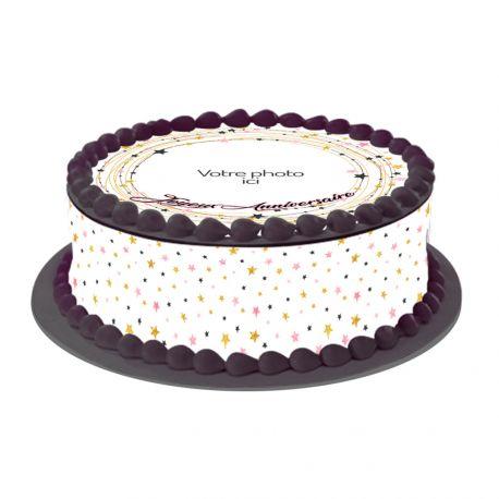 Kit décor en sucre Etoiles pour réaliser une deco de gâteau rond en 1 clin d'oeil ! Prévu pour un gâteau d'un diamètre de 20 cm soit 8...
