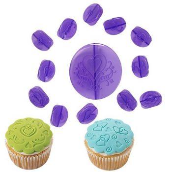 Set de 14 empreintes à cupcakes WILTON coeur