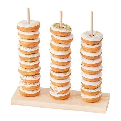 Superbe présentoir vertical à donuts en bois. Cette présentation est ultra tendance et peut être une alternative au gâteau Le support...