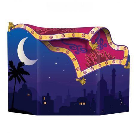 Point photo en carton décor tapis oriental pour réaliser un photobooth et garder un souvenir de votre soirée les Milles et une...