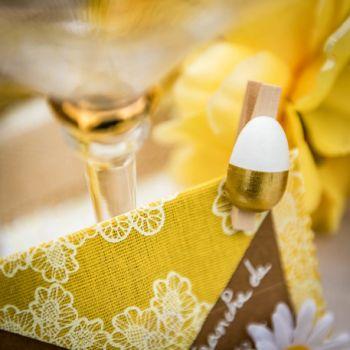 6 Pinces oeufs or et blanc