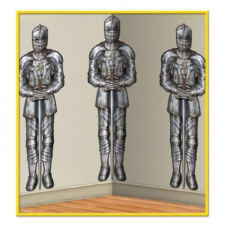 Toile en plastique imprimée représentant des armures de chevalier, à fixer sur votre mur pour créer une ambiance à votre fête...