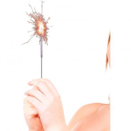 10 Cierges magiques argent, idéal pour faire la fête Pétille quand on l'allume ! Dimensions: 16cm