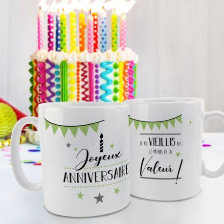 Magnifique mug Joyeux Anniversaire vert en céramique . Ce mug est un cadeau original à offrir.Compatible lave...