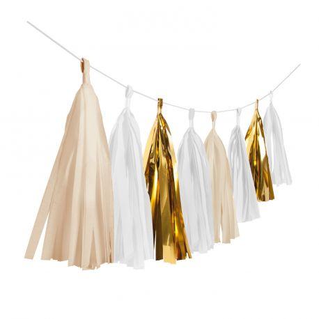 Super tendance, les décorations et suspensions en papier, toutes ses décorations sublimeront la décoration de vos salles de fête ainsi...