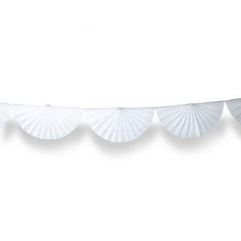 Guirlande d'éventails en papier blanc