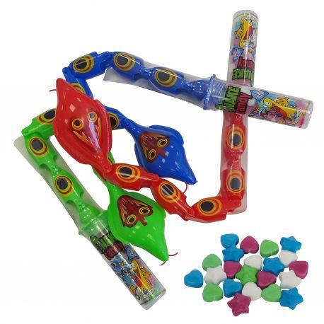 Ce bonbon- jouet SNAKE CANDY est un serpent articulé qui s'anime en manipulant l'extrêmité.On peut reproduire les ondulations et les...