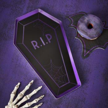 8 assiettes cercueil maison hanté