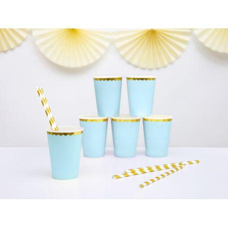 6 gobelets en carton bleu pastel avec une bordures festonnée métallisé or pour faire une décoration d'anniversaireultra tendance,...