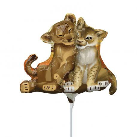 Ballon à main en aluminium idéal pour offrir à chaque invité pour un anniversaire thème Le Roi LionLivré gonflé avec...