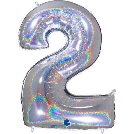 Superbe ballon géant en forme de chiffre 2 impression argent effet holographiqueBallon en aluminium pouvant étre gonflé avec ou sans...