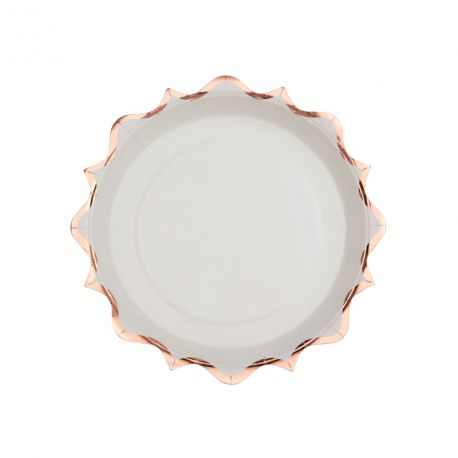 10 Petites assiettes en carton à la forme original festonnées rose gold métallisés idéal pour pour une décoration de table...