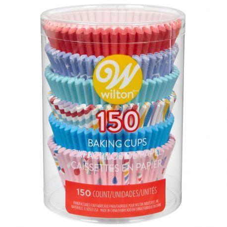 Cet ensemble Wilton contient 6 couleurs et motifs différents, parfaits pour réaliser de joyeux cupcakes et autres...