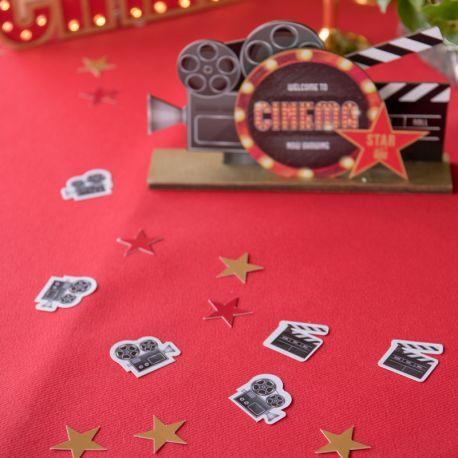 50 Confettis Cinema hollywood à parsemer en deco de table de fête ou d'anniversaire.Dimensions : 2 x 2 cm et 1 X 1 cmMatière :...