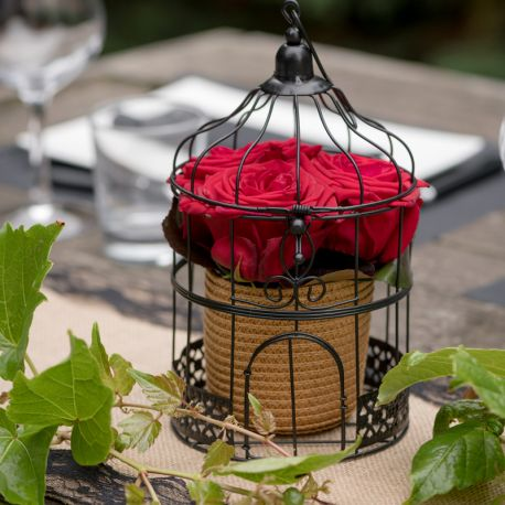 Centre de table cage noire pour la deco de vos tables de fête et anniversaire.Dimension : Ø 13 x 24 cm
