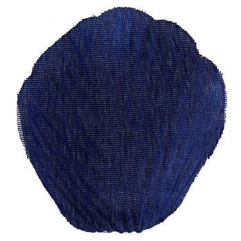 Pétale avec feuille en tissu bleu marine