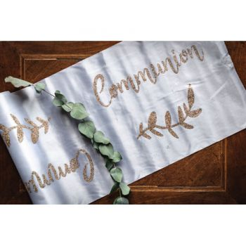 Chemin de table Communion satin blanc floqué or
