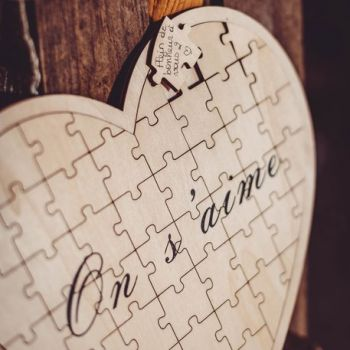 Livre d'or coeur puzzle bois on s'aime