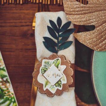 4 Piquets feuilles de palmes verte velours et or pailleté