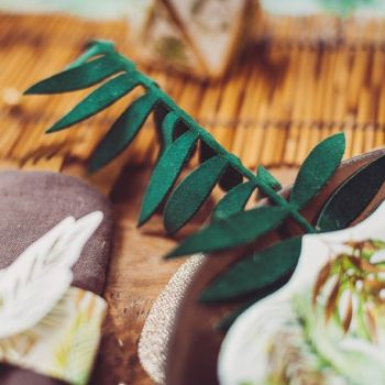 4 feuilles de palmes verte velours et or pailleté