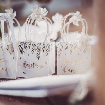 6 mini sacs cadeaux Baptème d'or