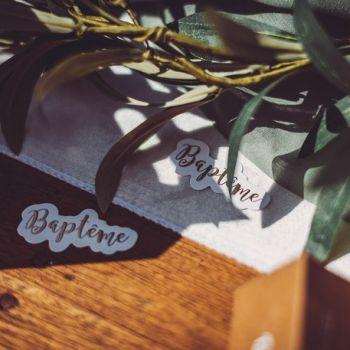 80 Confettis Baptème Eucalyptus d'or