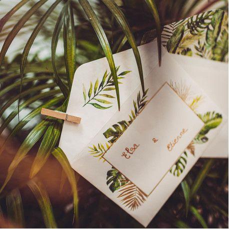 10 enveloppes + invitations en carton décor tropical avec dorure idéal pour une décoration de fête d'anniversaire sur le thème de la...