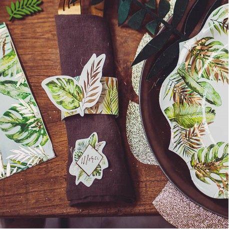 8 ronds de serviettes Tropical en carton avec décors feuillage tropical avec dorure idéal pour une décoration de table tendance sur le...