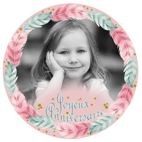 Disque sucre décor Plumes imprimée avec de l'encre alimentaire pour décorer vos gâteaux d'anniversaires. Diamètre 19 cm  Peut être...