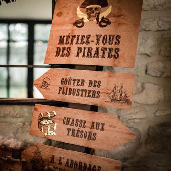 Panneau 4 flêches directionnelles pirate