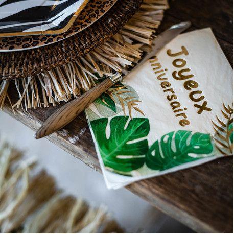 16 serviettes en papier safari Joyeux Anniversaire avec bordure or pour une belle décoration sur le thème de la jungleDimensions :...