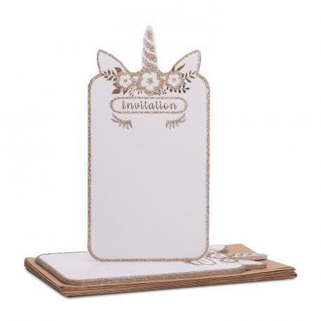 8 superbes invitions en carton avec dorure et bordures pailletés représentant une licorne pour une belle invitation à une fête féérique...