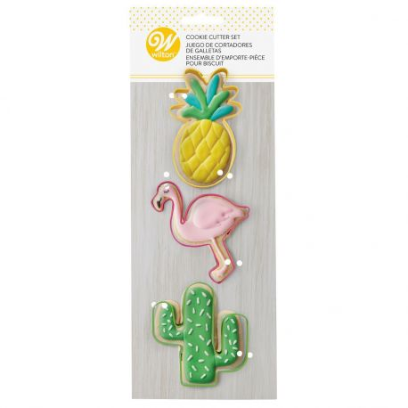 Réalisez de joyeux biscuits en forme d'ananas, de flamant rose ou de cactus avec cet ensemble Wilton de trois pièces. Taille: env. 5...