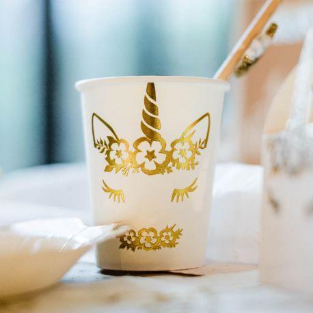 8 superbes gobelets en carton avec dorure représentant une licorne pour une belle décoration de table douce, féérique et étincelante sur...